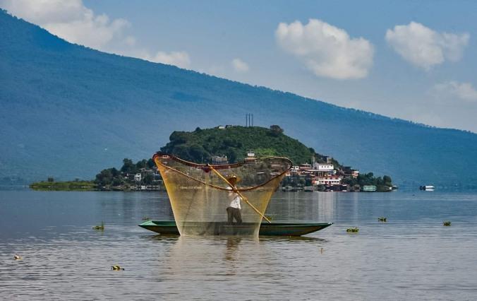 14 Fisherman on Lake Patzcuaro 2018